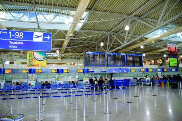Επιστρέφουν οι Έλληνες που 'εγκλωβίστηκαν' στο εξωτερικό