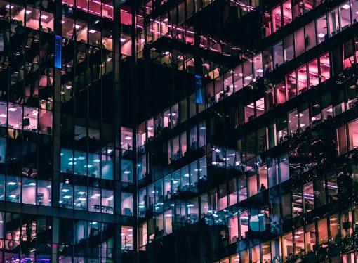 Ευρωζώνη: Καταποντίστηκε η επιχειρηματική δραστηριότητα τον Απρίλιο