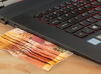 Σε λειτουργία η πλατφόρμα για το επίδομα των 800 ευρώ