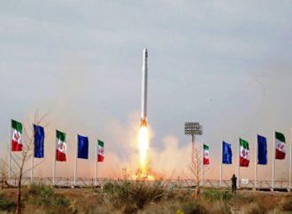 Ιράν: Εκτόξευσε τον πρώτο στρατιωτικό δορυφόρο – Έντονη αντίδραση Πομπέο