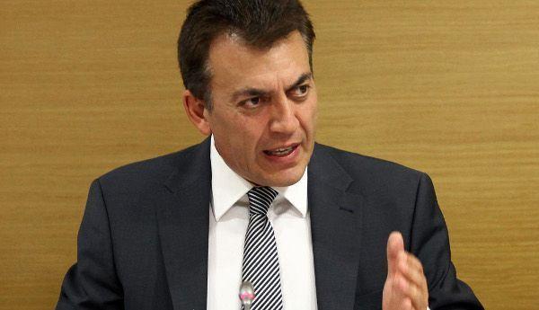 Γ.Βρούτσης: Προσδιόρισε τον τρόπο καταβολής των 800 ευρώ